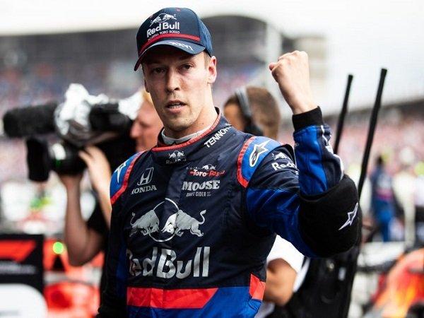 Bos Toro Rosso Nilai Kvyat Layak Dapatkan Satu Tempat di Tim Red Bull