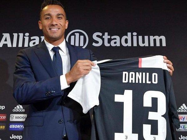 Gabung Juventus, Danilo Yakin akan Jadi Semakin Hebat di Bawah Asuhan Sarri