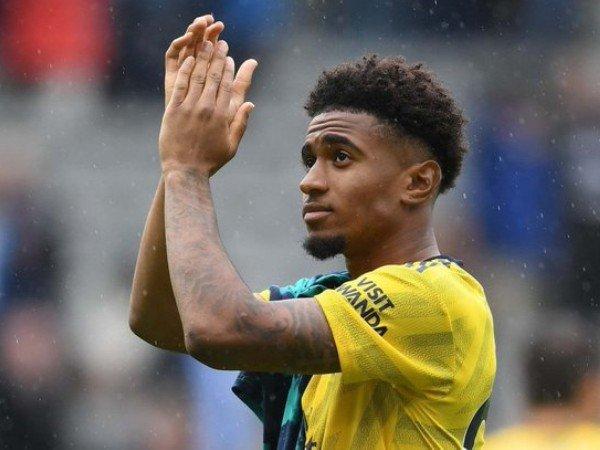 Reis Nelson Bertekad Manfaatkan Peluang di Arsenal
