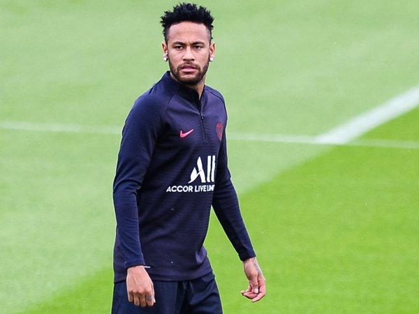 Jika Belum Ada Ganti, Tuchel Tak Mau Lepas Neymar