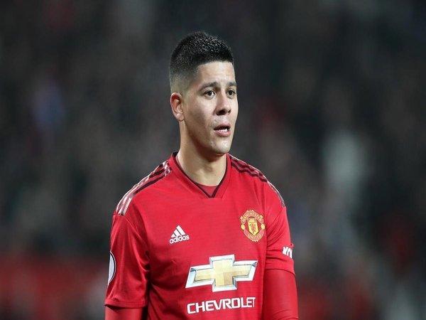MU Siap Rugi Untuk Usir Marcos Rojo dari Old Trafford
