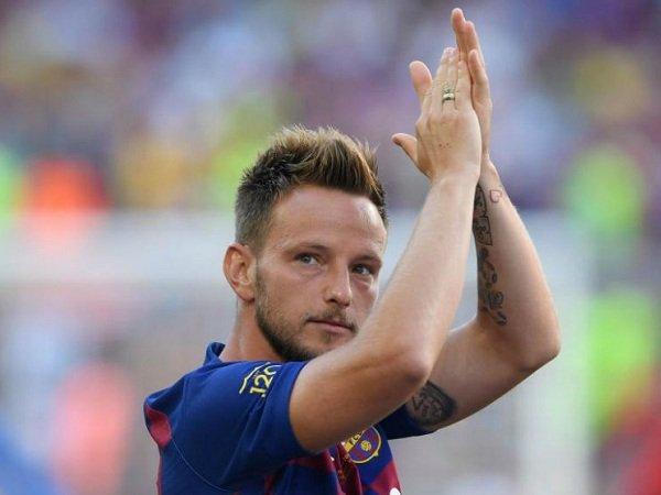 Juventus Tawarkan Emre Can untuk Gaet Rakitic dari Barcelona