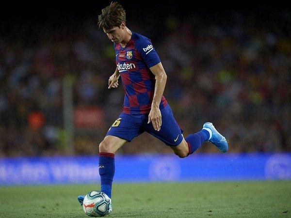 Barcelona Segera Lepas Juan Miranda ke Schalke 04
