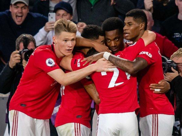 Manchester United Diprediksi Finis di Luar Empat Besar