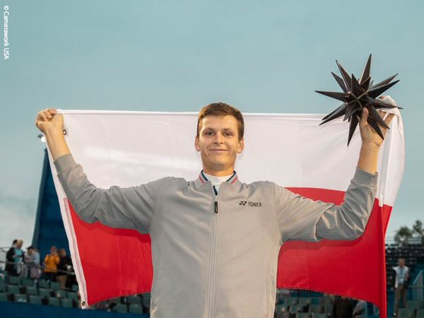 Hubert Hurkacz Naik Podium Juara Untuk Kali Pertama Di Winston-Salem
