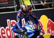Taklukkan Marquez, Rins Akui Hampir Lakukan Kesalahan