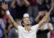 Hasil US Open: Demi Tumbangkan Feliciano Lopez, Daniil Medvedev Mandi Keringat