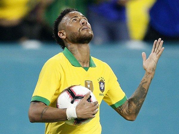 Thiago Silva Bersyukur Neymar Bertahan di PSG