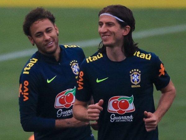 Filipe Luis Bersaksi Soal Keinginan Neymar Pulang ke Barcelona