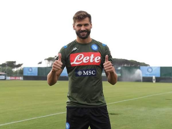Resmi Gabung Napoli, Llorente Inginkan Gelar Juara Liga Champions