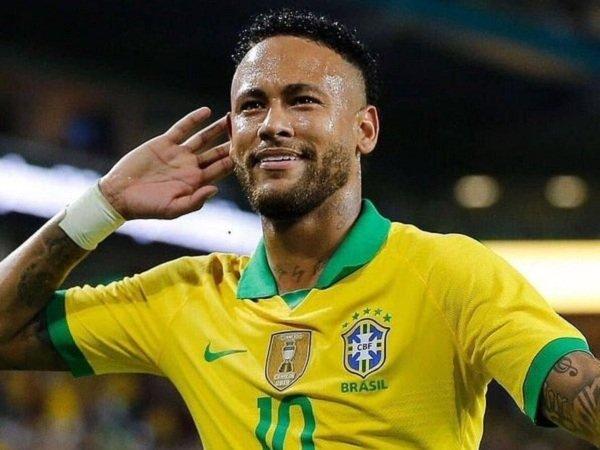 Direktur Barcelona Berjanji akan Kembali Kejar Neymar