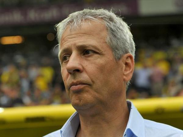 Dortmund Bantah Terjadi Perselisihan antara Manajemen dan Favre