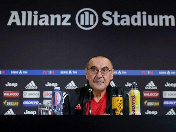 Kontra Fiorentina, Maurizio Sarri akan Temani Juventus