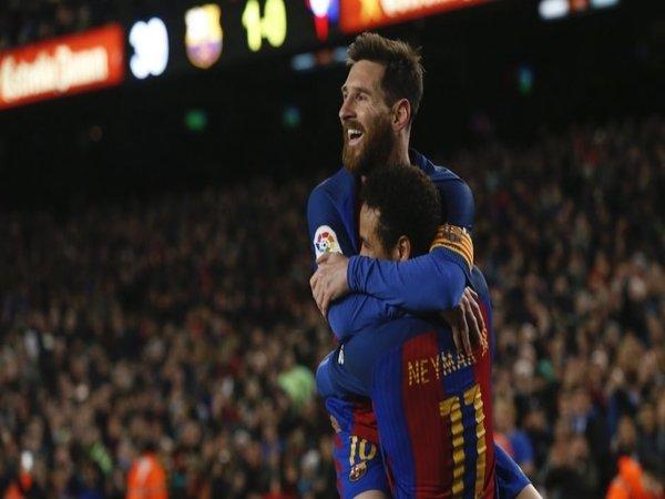 Messi Kecewa Neymar Batal Pulang ke Barcelona