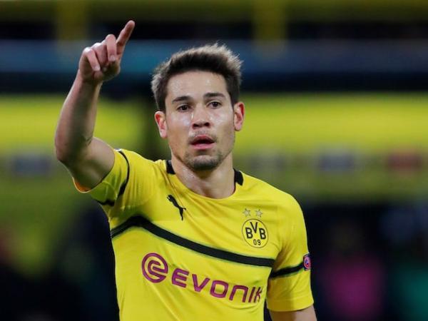 Raphael Guerreiro Segera Teken Kontrak Baru di Dortmund