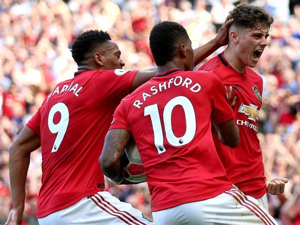 Berbatov Dukung Manchester United Jadi Juara Liga Europa