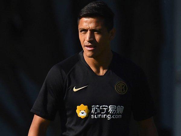 Sanchez Ungkap Dua Penyebab Dia Gagal Bersinar di MU