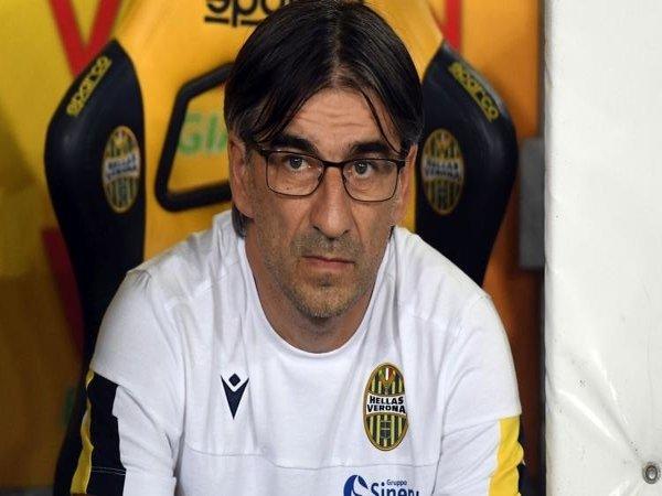 Pelatih Verona Sebut Timnya Tak Layak Kalah dari AC Milan