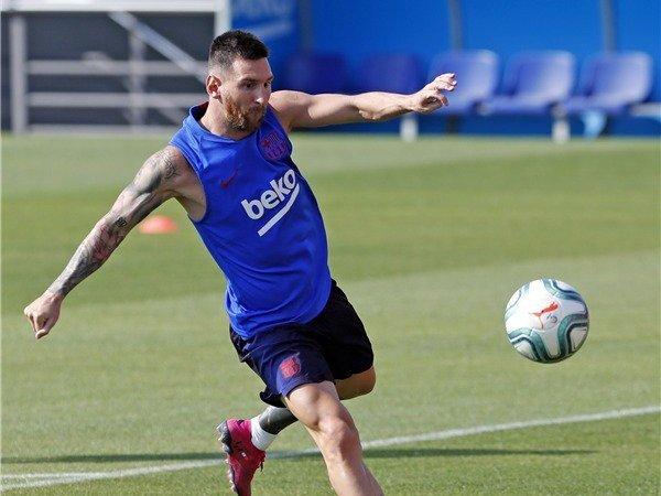 Barcelona Konfirmasi Messi Bugar untuk Hadapi Dortmund