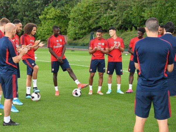 Pemain Arsenal Dibuat Frustasi dengan Metode Latihan Emery