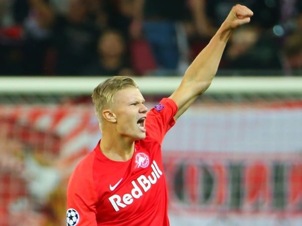 Cetak Hat-trick, Striker RB Salzburg Samai Rekor Rooney