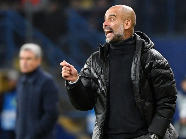 Krisis Bek, Guardiola Akui City Tidak Punya Banyak Pilihan