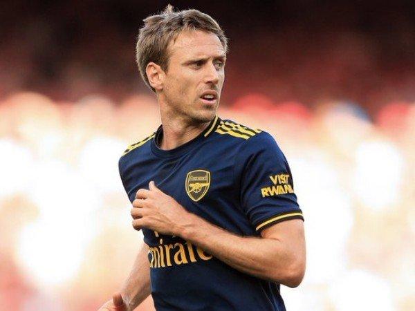 Monreal Sudah Pikirkan Tinggalkan Arsenal Sejak Lama