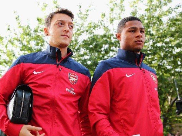 Ozil Ternyata Pernah Rekomendasikan Gnabry ke Joachim Low
