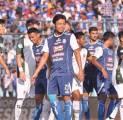 Arema FC Diprediksi Tanpa Hamka Hamzah Selama Dua Pekan