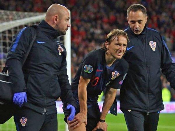 Luka Modric Terancam Absen Beberapa Pekan Setelah Cedera Saat Jeda Internasional