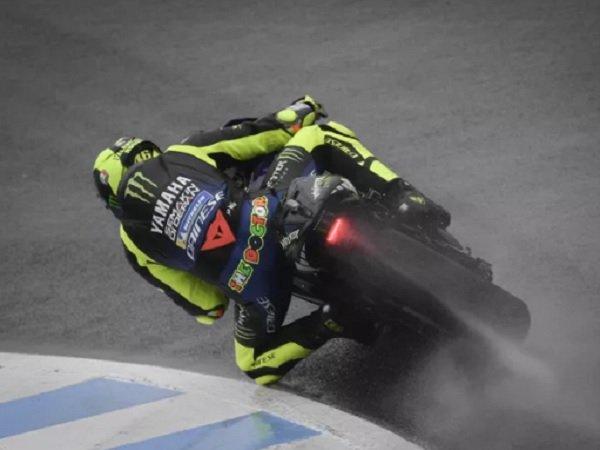 Start dari Posisi Ke-10, Rossi Diprediksi Bisa Bangkit Rebut Podium di MotoGP Jepang