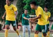 Aji Santoso Boyong 18 Pemain Persebaya Untuk Laga Debutnya