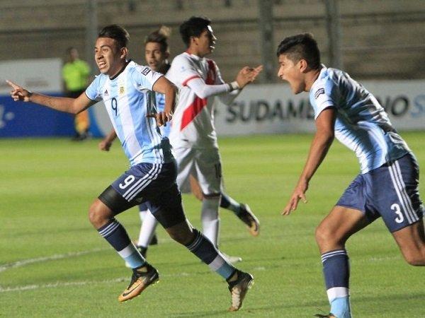 Tampil Cemerlang di Piala Dunia U-17, Inter Milan Dekati Pemain Muda Argentina Ini