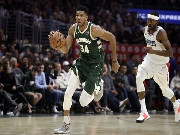 Tanpa Kawhi Leonard, Clippers Tumbang Dari Bucks