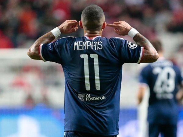 Memphis Depay Komentari Rumor Kembali ke Premier League