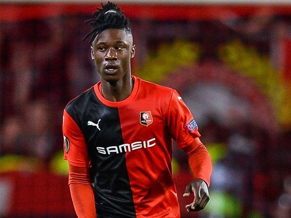 Manchester United Incar Bintang Muda Milik Rennes