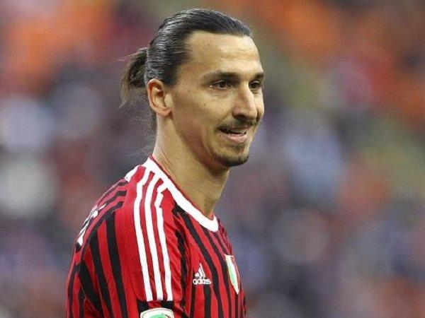 Milan Harap-harap Cemas Tunggu Jawaban Final Ibrahimovic