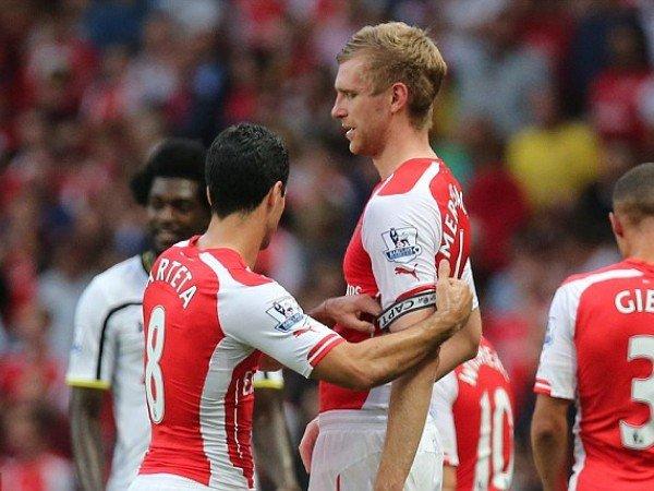 Mertesacker Ingin Arteta Yang Gantikan Emery di Arsenal