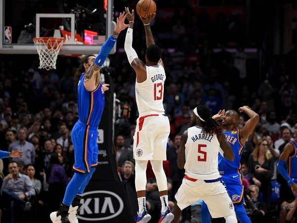Tembakan Krusial Paul George Menangkan Clippers Atas Thunder