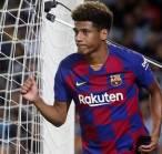 Diincar Leverkusen, Barcelona Pertimbangkan untuk Lepas Todibo