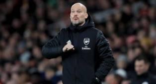 Ljungberg Sebut Pemain Arsenal Krisis Kepercayaan Diri
