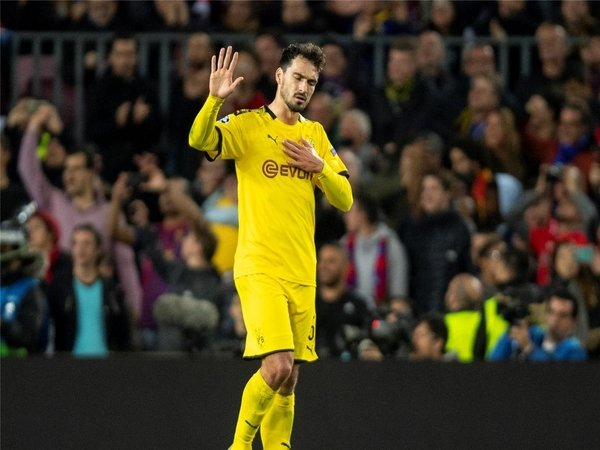 Terpuruk di Bundesliga, Hummels Minta Seluruh Pemain Dortmund Bangkit
