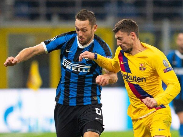 De vrij Tak Sesali Kegagalan Inter Milan di Liga Champions