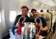 Pesawatnya Tergelincir, Pemilik Liverpool Selamat dari Maut