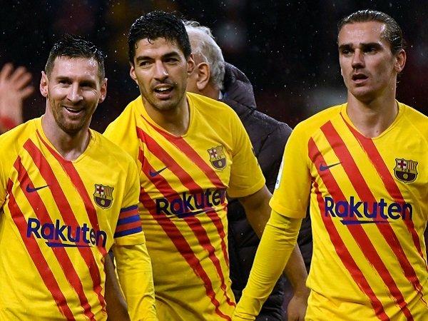 Griezmann Akui Masih Belum 'Nyetel' dengan Suarez dan Messi