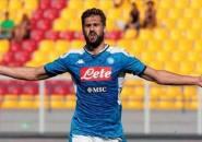 Napoli Pimpin Perburuan Ibrahimovic, Milan Mulai Lirik Llorente