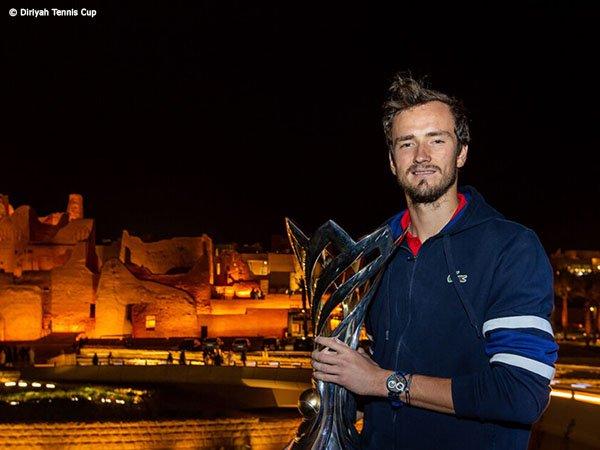 Daniil Medvedev Juarai Diriyah Tennis Cup