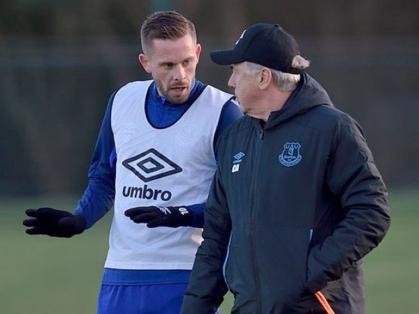 Performa Bersama Everton Merosot, Ancelotti Dikabarkan Siap Jual Sigurdsson