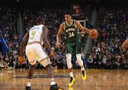 Antetokounmpo Bersinar, Bucks Permalukan Warriors