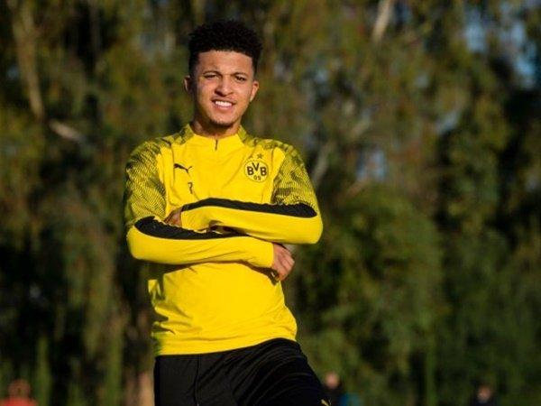 Chelsea dan MU Ajukan Tawaran, Dortmund Kukuh Tak Jual Sancho